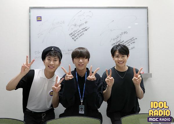 Tags: K-Pop, B1A4, BTOB, Highlight (band), Sandeul, Seo Eun-kwang, Yang Yo-seob