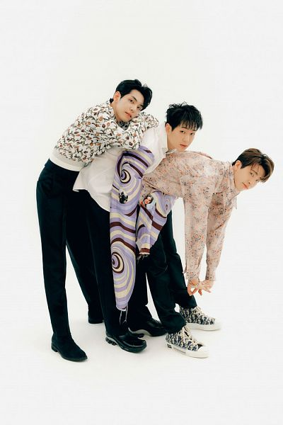 Tags: K-Pop, Got7, SHINee, DAY6, Choi Youngjae, Onew, Kim Wonpil, Bend Over, Light Background, Floral Print, White Background, Trio