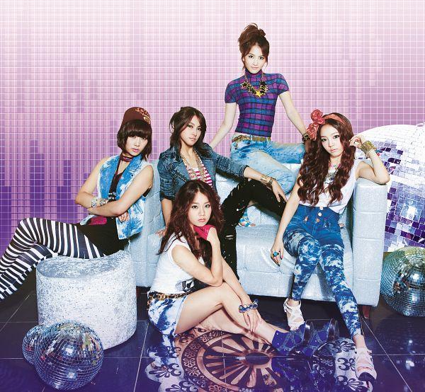 Tags: K-Pop, KARA, Nicole Jung, Seungyeon Han, Hara Goo, Gyuri Park, Jiyoung Kang, Hair Up, Pink Background, Wavy Hair, Chin In Hand, Purple Shirt