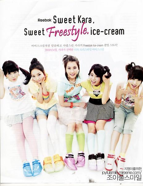 Tags: K-Pop, KARA, Hara Goo, Gyuri Park, Jiyoung Kang, Nicole Jung, Seungyeon Han, White Shorts, Shorts, Yellow Shirt, Denim Shorts, Ponytail