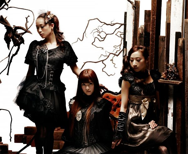 Tags: J-Pop, Kalafina, Hikaru Masai, Keiko Kubota, Wakana Ootaki, Trio, Sleeveless, Short Sleeves, Ring, Sleeveless Dress, Wavy Hair, Black Outfit