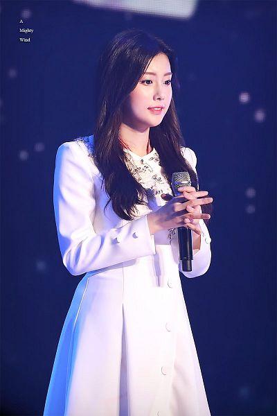 Tags: K-Pop, IZ*ONE, Kang Hyewon