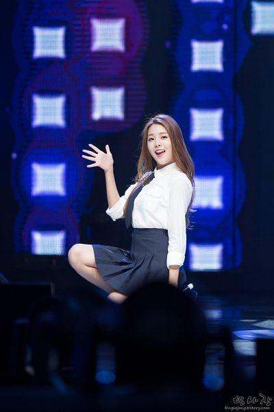 Tags: K-Pop, Berry Good, Kang Sehyung, Tie, Black Neckwear, Black Skirt, Skirt, Looking Away, Kneeling, Wave, Stage, Teeth