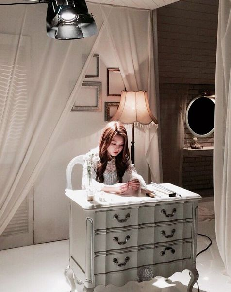 Tags: K-Pop, Berry Good, Kang Sehyung, Glass, Ring, Looking Down, Mirror, Chair, Lamp, Very Berry