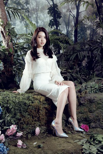 Tags: K-Pop, Berry Good, Berry Good Heart Heart, Crazy Gone Crazy, Kang Sehyung, Skirt, Tree, White Outfit, Bush, Flower, Sitting, Plant