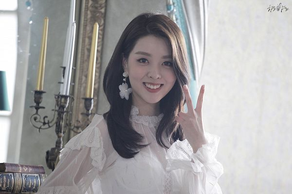 Tags: K-Pop, Berry Good Heart Heart, Berry Good, Crazy Gone Crazy, Kang Sehyung, V Gesture, Earrings, See Through Clothes, Glass, Grin, Chandelier, Candle