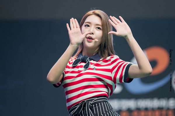 Tags: K-Pop, Berry Good, Kang Sehyung, Striped, Short Sleeves, Stage, Arms Up, Apron, Striped Shirt, Dancing, Microphone, Singing