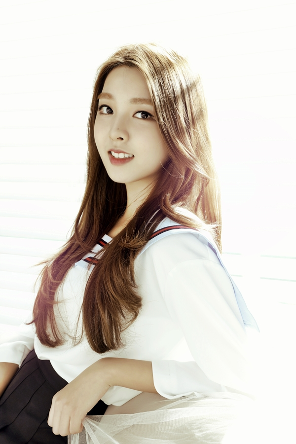 Tags: K-Pop, Berry Good, Kang Sehyung, Facial Mark, Light Background, Mole, White Background, Very Berry