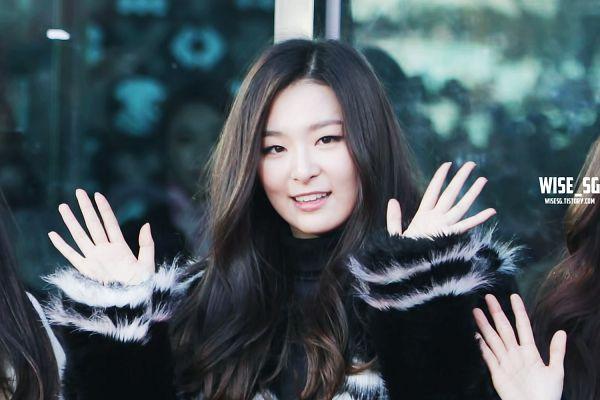 Tags: K-Pop, Red Velvet, Kang Seul-gi, Wave, Black Outerwear, Black Jacket, Wallpaper