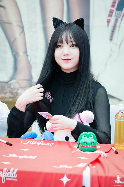 Tags: K-Pop, Lovelyz, Kei, Black Outfit, Animal Ears, Fansigning Event