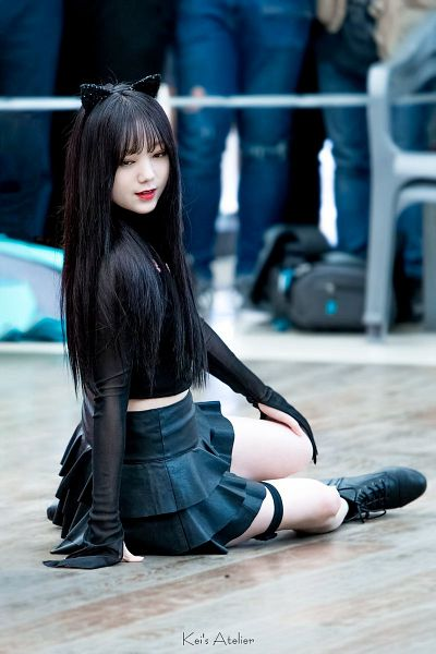 Tags: K-Pop, Lovelyz, Kei, Animal Ears, Black Outfit, Full Body, Fansigning Event