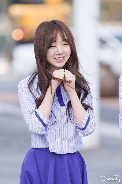 Tags: K-Pop, Lovelyz, Kei, Looking Ahead, Skirt, Purple Bow, Striped Shirt, Bow, Purple Skirt, Striped, Eyes Closed, Android/iPhone Wallpaper