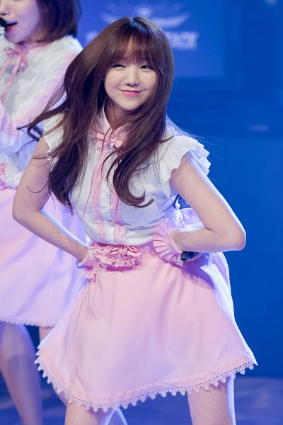 Tags: K-Pop, Lovelyz, Kei, Hand On Hip, Live Performance, Android/iPhone Wallpaper