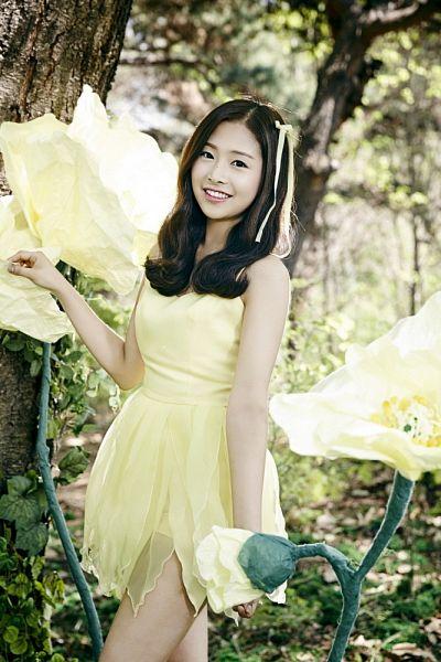 Kim Chaewon (April) - April