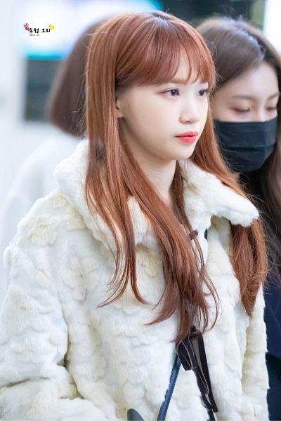 Tags: K-Pop, IZ*ONE, Kim Chaewon