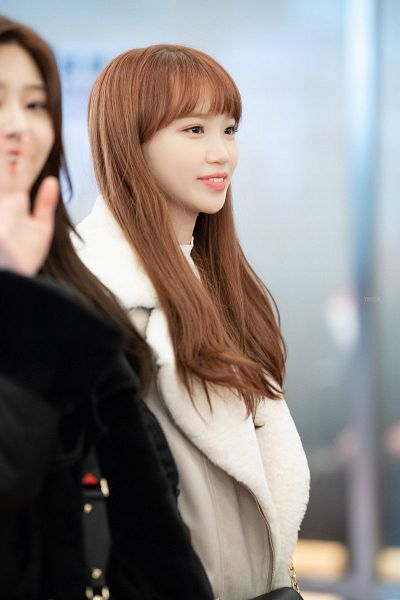 Tags: K-Pop, IZ*ONE, Kim Chaewon