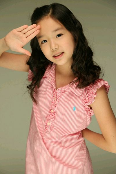 Tags: JTG Entertainment, K-Pop, Busters, Kim Chaeyeon, Wavy Hair, Salute, Pink Shirt, Black Eyes, Frills, Predebut