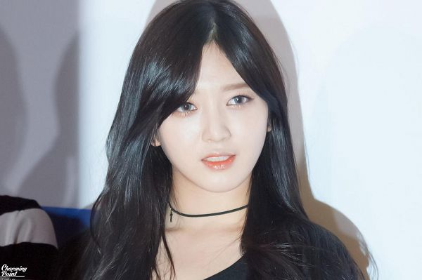 Tags: K-Pop, AOA (Ace Of Angels), Kim Chanmi, Gray Eyes, Light Background, White Background, Choker