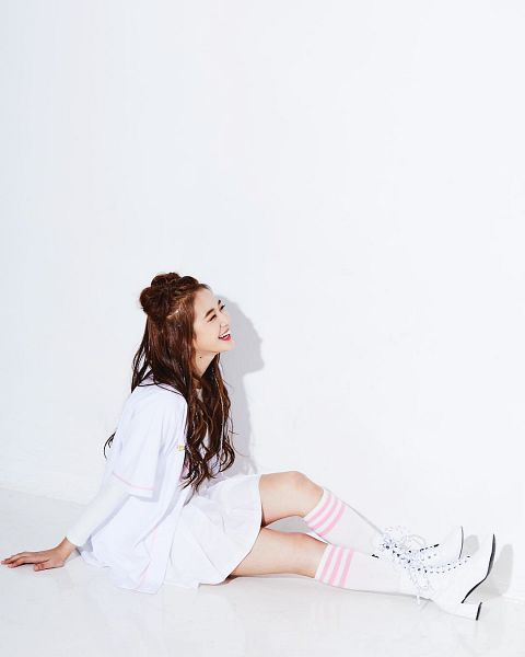 Kim Hyerim - AQUA
