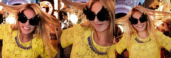 Tags: K-Pop, Girls' Generation, Kim Hyo-yeon, Necklace, Blonde Hair, Glasses, Sunglasses, Yellow Shirt, Girls' Generation In Las Vegas