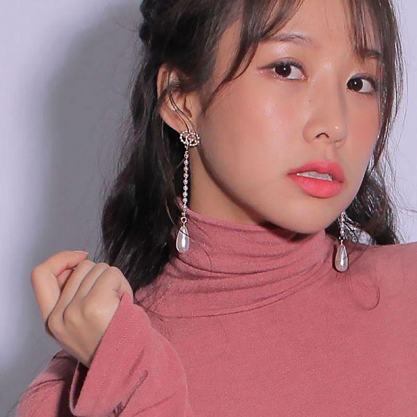 Tags: K-Pop, ICIA, Kim Hyogyeong, Pink Shirt, Earrings, Facial Mark, Mole