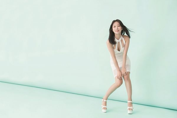 Tags: K-Pop, ICIA, Kim Hyogyeong, Short Dress, White Outfit, High Heels, White Footwear, Cleavage, Suggestive, Sandals, Full Body, Blue Background