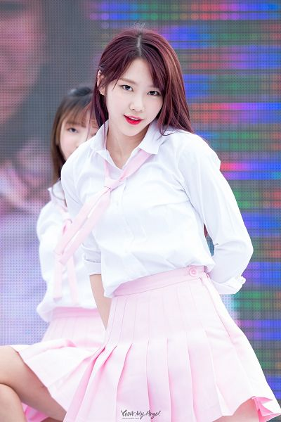 Tags: K-Pop, Oh My Girl, Kim Jiho, Android/iPhone Wallpaper