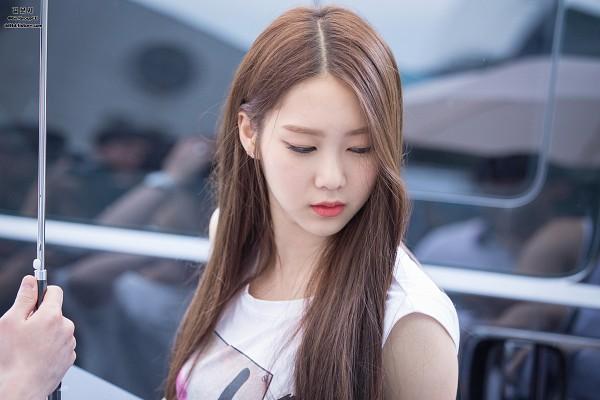 Tags: K-Pop, Oh My Girl, Kim Jiho
