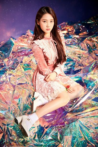 Tags: K-Pop, Oh My Girl, Kim Jiho, Purple Background, Wallpaper, Secret Garden (Oh My Girl)