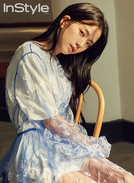 Tags: K-Pop, Black Pink, Kim Jisoo, Close Up, English Text, Sitting On Chair, Text: Magazine Name, Chair, InStyle
