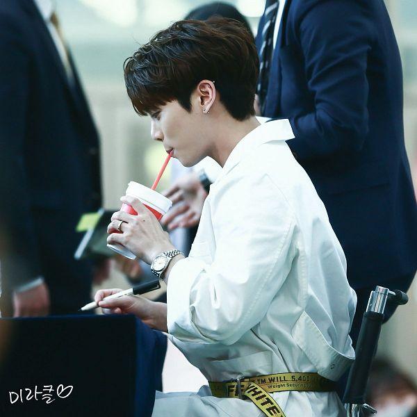 Tags: SHINee, Kim Jonghyun
