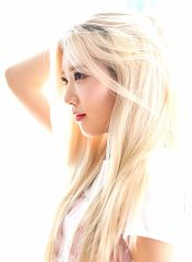 Kim Lip
