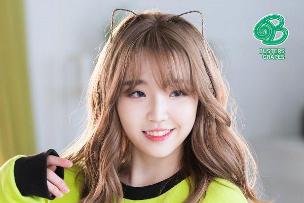 Tags: K-Pop, Busters, Grapes (Song), Kim Minji (Busters), Contact Lenses, Animal Ears, Grin, Gray Eyes, Wavy Hair
