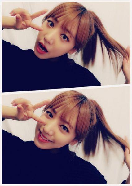 Tags: K-Pop, Apink, Kim Nam-joo, Ponytail, V Gesture