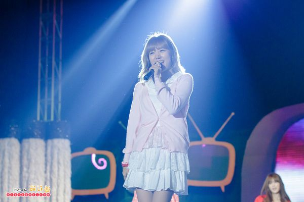 Tags: K-Pop, Apink, Kim Nam-joo, Skirt, Pink Jacket, Pink Outerwear, White Skirt, Covering Mouth, Eyes Closed