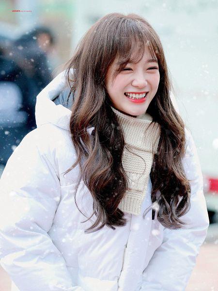 Tags: K-Pop, Gugudan, Kim Sejeong