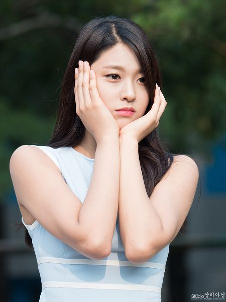 Tags: K-Pop, AOA (Ace Of Angels), Kim Seolhyun, Bare Shoulders, Looking Ahead, Hand On Cheek, Hand On Head, Sleeveless, Sleeveless Dress, Blue Dress, Frown, Blue Outfit