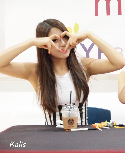 Tags: AOA (Ace Of Angels), Kim Seolhyun, Sitting, Sleeveless, Heart, Armpit, Bent Knees