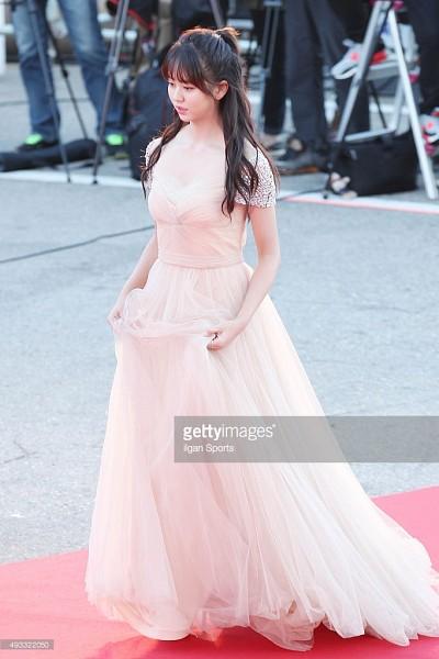 Tags: K-Drama, Kim So-hyun, Red Carpet, Pink Outfit, Pink Dress