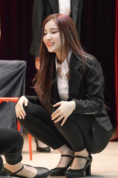Tags: K-Pop, Elris, Kim Sohee (Elris)