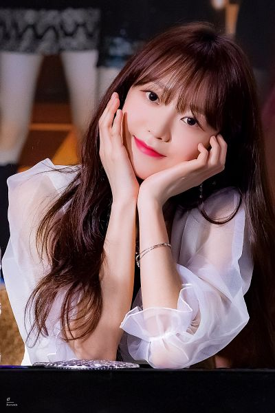 Tags: K-Pop, Nature, Kim Sohee (Nature)