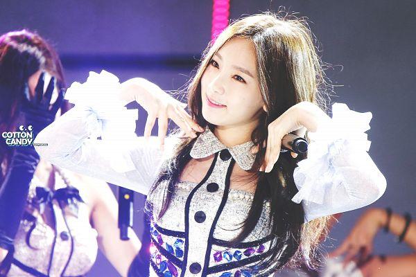 Tags: Girls' Generation, Kim Tae-yeon, Cotton Candy (Taeyeon Fansite), Wallpaper