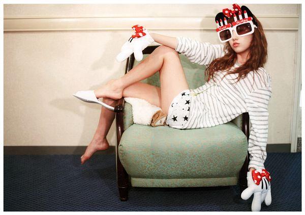 Tags: Girls' Generation, Kim Tae-yeon, Chair, Barefoot, Laying Down, Striped, Shorts, Striped Shirt, Wallpaper