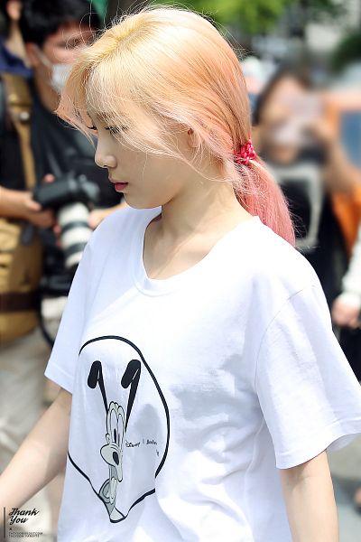 Tags: K-Pop, Girls' Generation, Kim Tae-yeon, Pink Hair, Outdoors, Hair Up, Eyes Half Closed, Multi-colored Hair, Looking Down, Ponytail, Side View, Taeyeonssdot