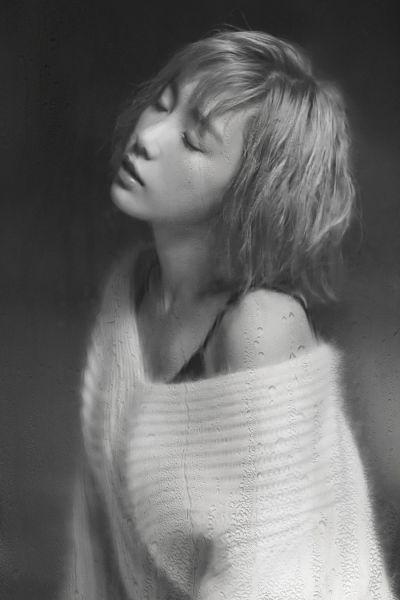 Tags: K-Pop, Girls' Generation, Rain (Song), Kim Tae-yeon, Head Tilt, Medium Hair, Sweater, Eyes Closed, Dark Background, Bare Shoulders, Black Background, Monochrome