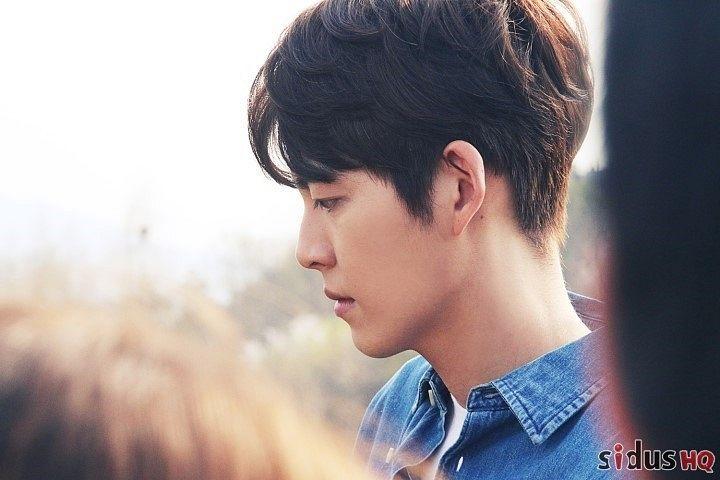 Tags: K-Drama, Kim Woo-bin, Denim Jacket, Blue Jacket, Blue Outerwear, Side View, Uncontrollably Fond