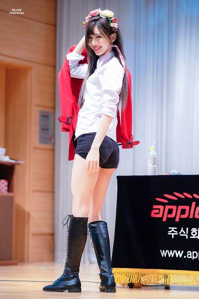 Tags: K-Pop, Dreamcatcher, Kim Yoohyeon