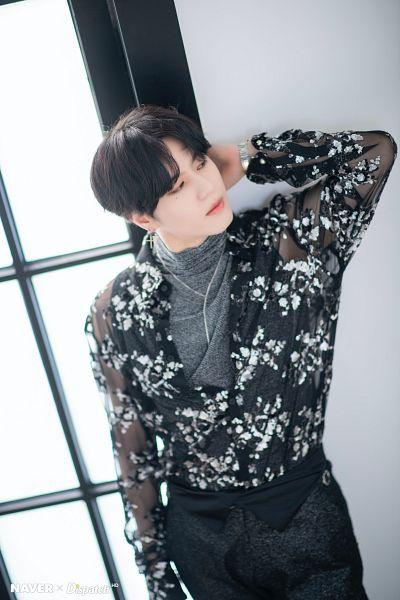 Tags: K-Pop, Got7, Kim Yugyeom, Window, Bracelet, Serious, Gray Shirt, Black Pants, Looking Away, Necklace, Dispatch
