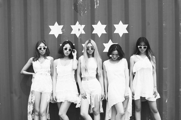 Tags: Ladies Code, Kiss Kiss, Lee So-jung, RiSe, Ashley, EunB, Zuny, Quintet, Monochrome, Glasses, Full Group, Sunglasses