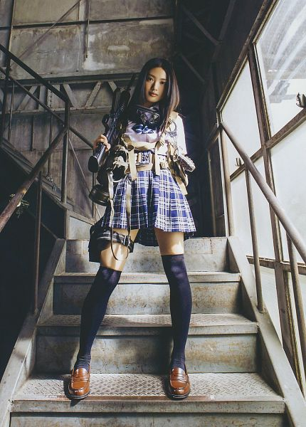 Tags: J-Pop, AKB48, Kitahara Rie, Bow, Skirt, Blue Skirt, Striped Bow, Shoes, Checkered Skirt, Looking Down, Checkered, School Uniform